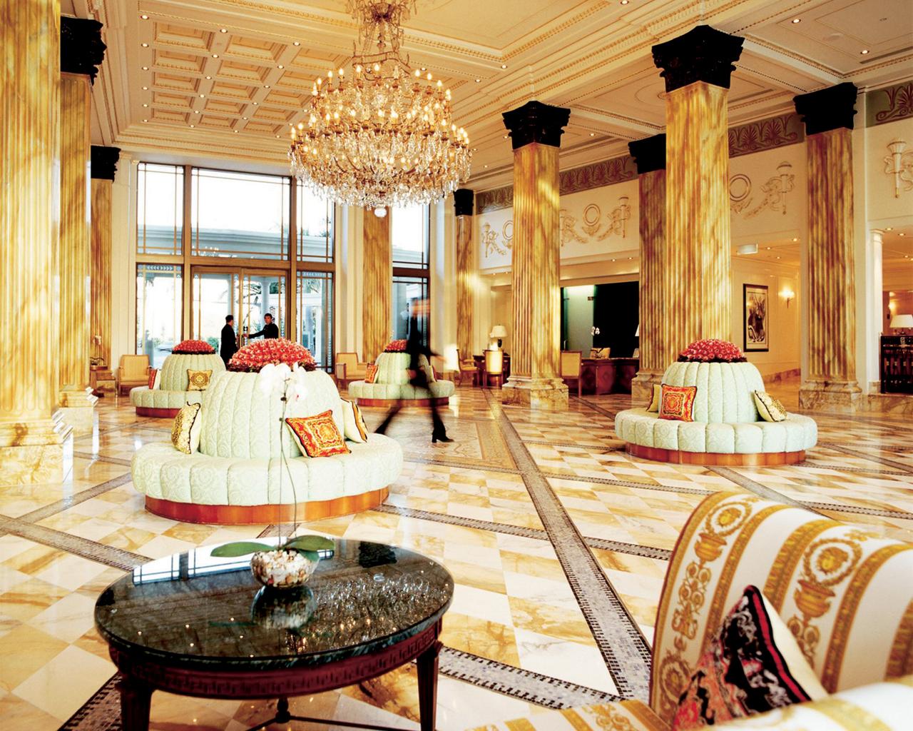 نتیجه تصویری برای دکوراسیون هتل